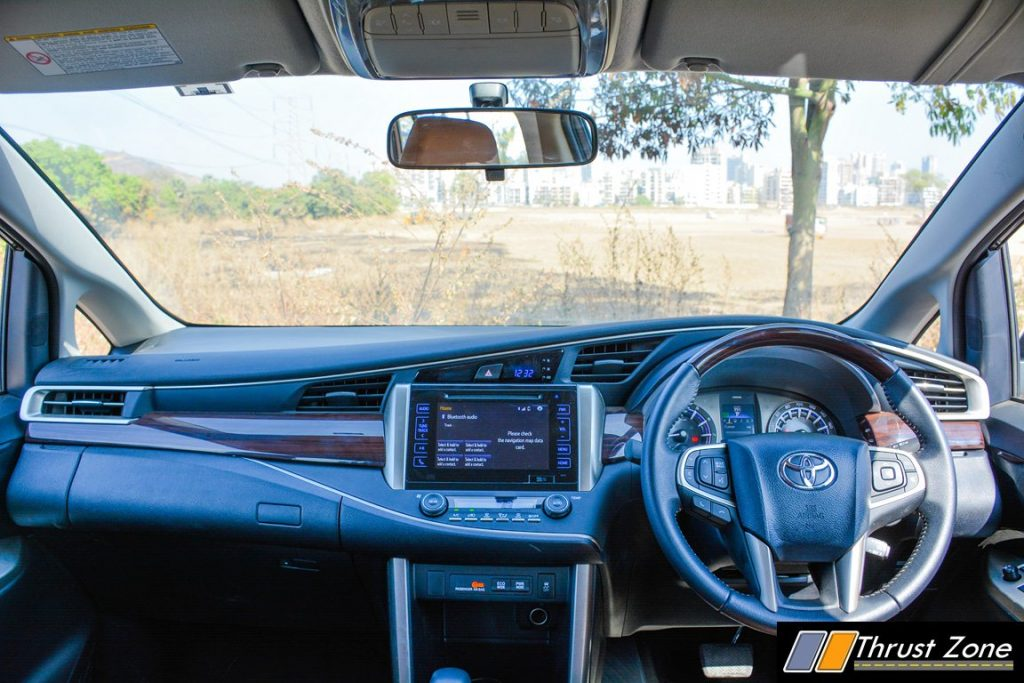 2016-toyota-innova-petrol-review-12
