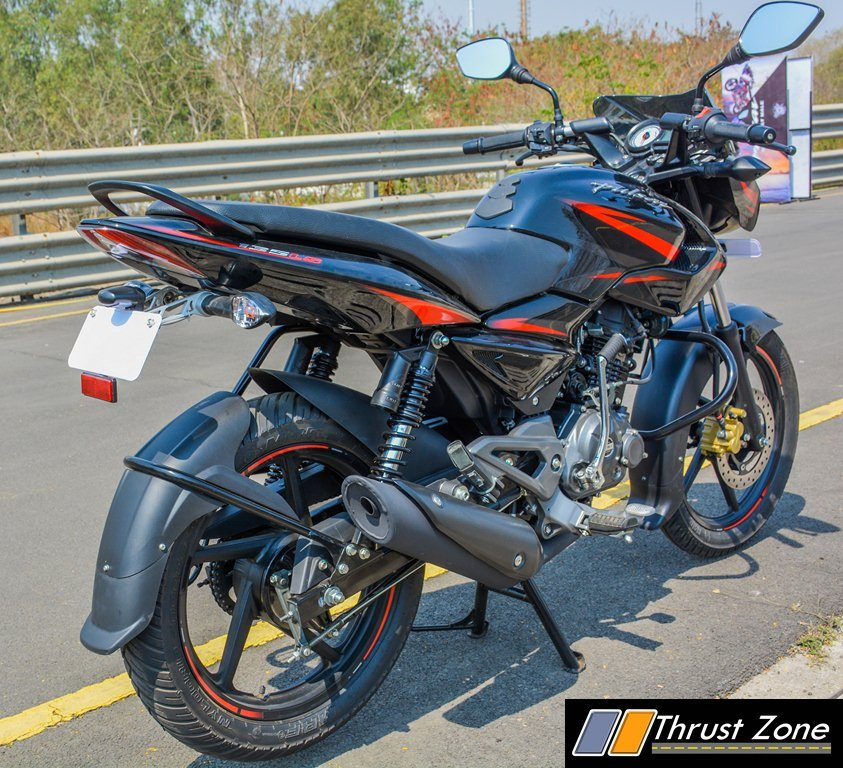 2017-bajaj-pulsar-135-ls-bsiv-review-21