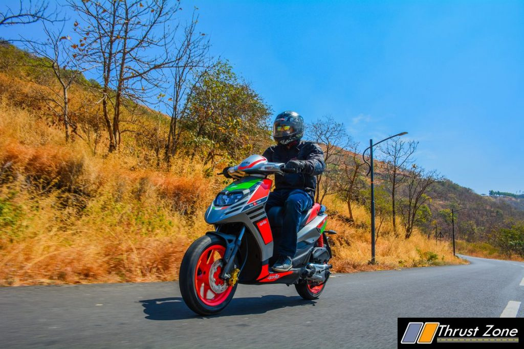 2017-aprilia-sr-150-race-review-21