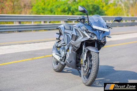2017-bajaj-pulsar-rs200-bsiv-review-16