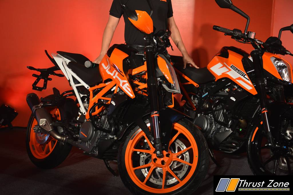 2017 KTM Duke 390 Launch in India At Rs. 2.25 Lakhs WITH LIVE HD IMAGES