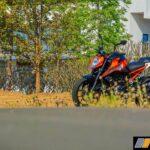 2017-ktm-duke-250-review-bsiv-14