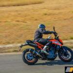 2017-ktm-duke-250-review-bsiv-9