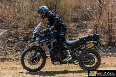 2017-triumph-tiger-xca-800-india-review-14