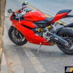 2017-ducati-959-panigale-india-review-16