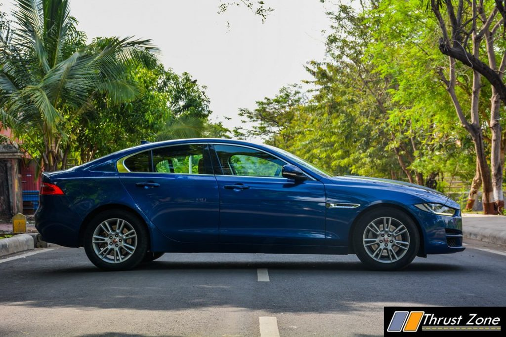 2017-jaguar-xe-petrol-india-review-38