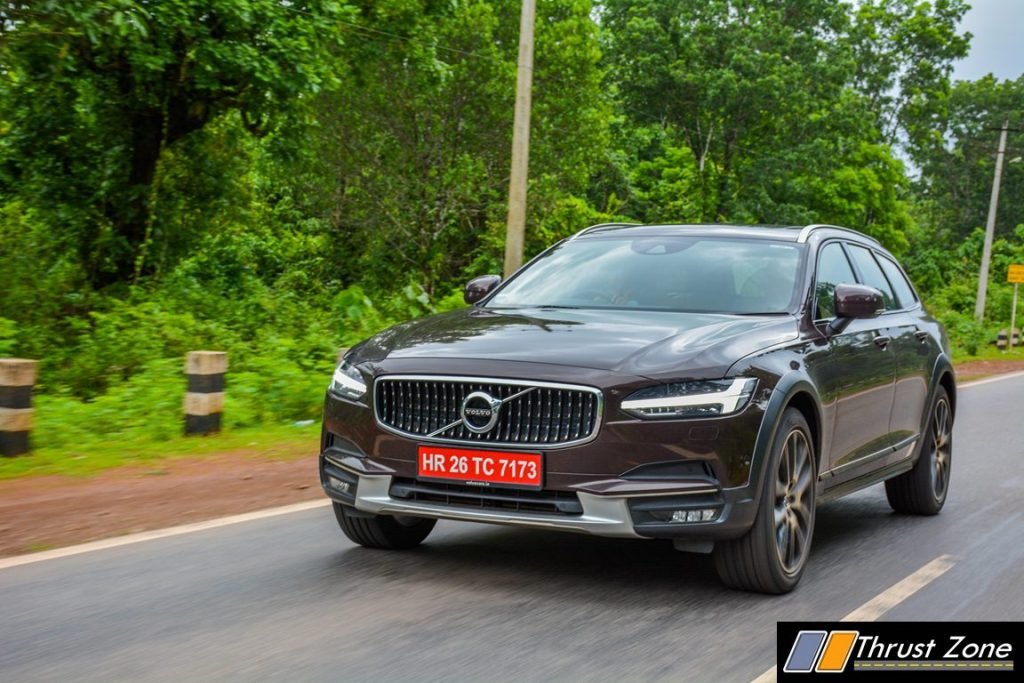 volvo-v90-cross-country-2017-review-11