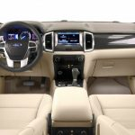 2016-ford-endeavour-cabin